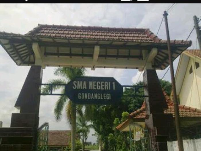 SMAN 1 Gondanglegi-Malang, Tarik Biaya Operasional Sekolah