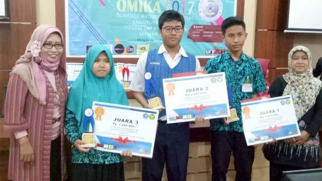 MTsN 1 Kota Malang Catatkan 88 Prestasi Jelang Akhir Semester Pertama