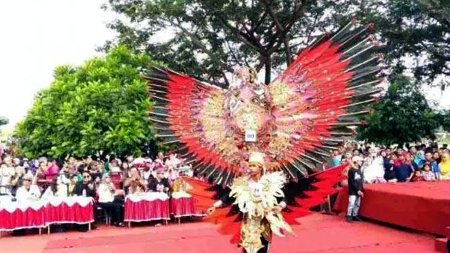 SMK Negeri 1 Ngasem  Gelar  Kediri Exotic Carnival
