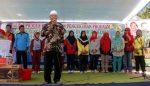 SMK AL-Azhar Bangsalsari Jember Ciptakan Industri Kreatif Berbahan Kelapa