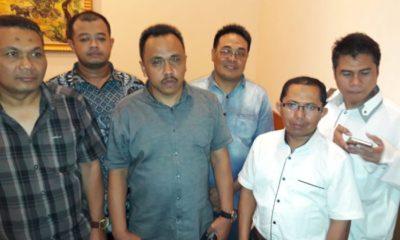 Ketua DPc Peradi Malang Yayan Riyanto Sh MH dan para pengurus DPC Peradi Malang. (gie)
