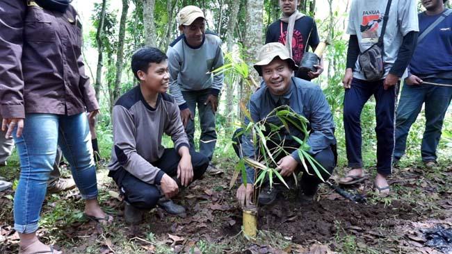 Upaya UMM Jaga Sumber Mata Air Terakhir di Desa Kucur Dau