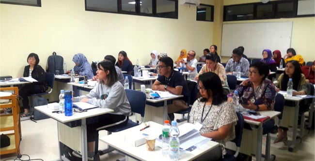 Suasana peserta pada sesi workshop acara Brevet Basic Veterinary Ophthalmology. (mgub)