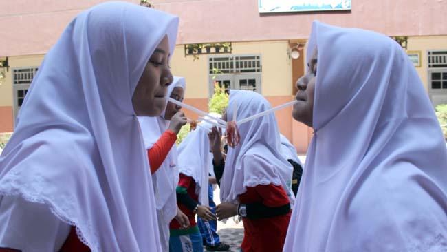 SMP Al Muslim Ramaikan HUT RI ke 73 dengan Berbagai Perlombaan Tradisional