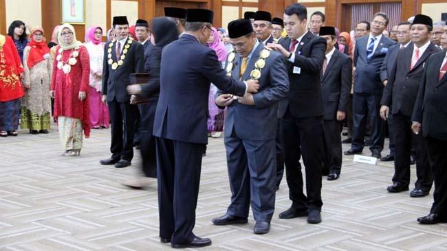 Rektor UM Terpilih, Rofi'uddin Resmi Dilantik Menristekdikti