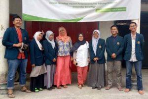 Angkat Buah Naga dan Jeruk Siam Sebagai Produk Ikonik Desa Agrowisata Temurejo