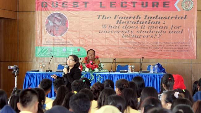 FEB Unidha – IAI Malang Raya, Bekali Mahasiswa dan Dosen Unidha Hadapi Revolusi Industri 4.0