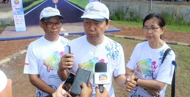M. Zen, Drs Awan Setiawan, MM, dan Mediana Gunawan, saat memberikan keterangan kepada awak media. (rhd)