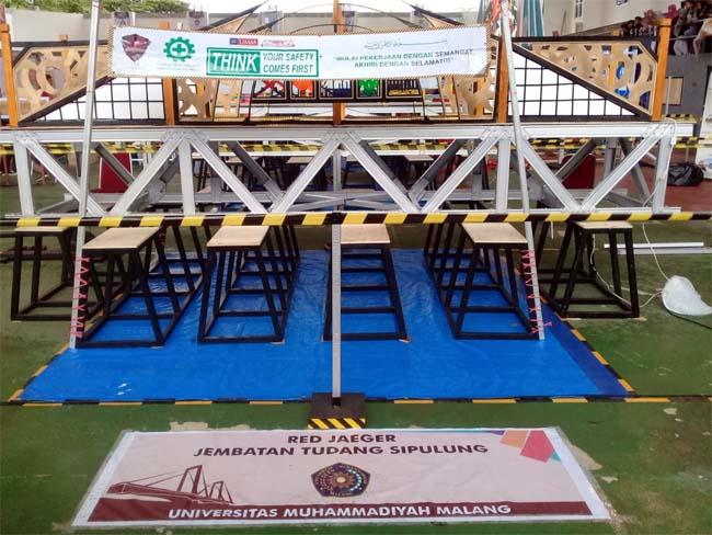 Jembatan Tudang Sipulang, karya tim FT UMM. (rhd)