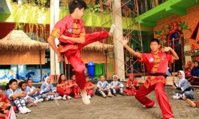 PRESTASI : SD Muhammadiyah 16 Surabaya atau yang biasa disebut sekolah inspiratif ini berhasilmembawa pulang Piala Menpora RI Bali Internasional Kung Fu Chamlionship sebagai Juara Umum, Rabu (26/12/2018).