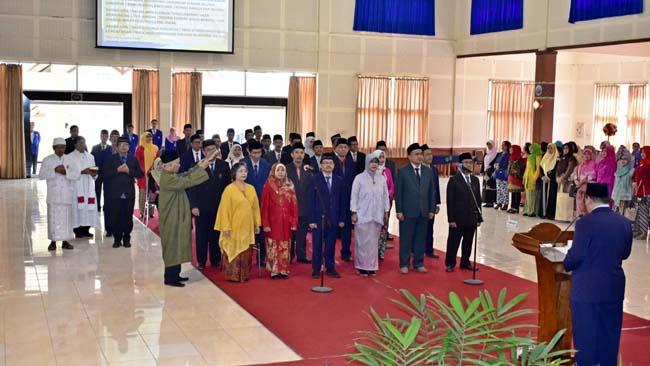 Rektor UM Lantik 37 Pejabat Baru