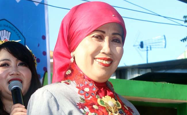 Kepala Dinas Pendidikan Kota Malang, Dra. Zubaidah, MM. (rhd)
