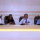 Rektor UB (ketiga kanan), didampingi Wakil Rektor I, II, dan IV, saat menjawab pertanyaan awak media. (rhd)