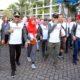 Wakil Walikota Malang bersama para pendiri, yayasan, rektor dan civitas akademika Ma Chung dalam Fun Walk. (rhd)
