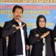 JABAT LAGI: Suyitno, M.Pd. kepela SMPN 1 Sukosari (dua dari kiri) terpilih kembali Ketua MKKS SMPN Bondowoso periode 2019-2022. (ido)