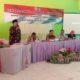 SAMBUTAN : Kepala Sekolah SMP Negeri 2 Ketapang Tayyib, S Pd, M Si saat memberikan sambutan. (zyn)