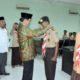 LEPAS - Ketua Kwarcab Sidoarjo, Nur Ahmad Syaifuddin melepas peserta kegiatan Santri Nusantara ke 1 Jawa Timur yang mewakili Sidoarjo di Aula LP Ma`arif Sidoarjo, Rabu (28/08/2019)