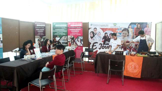 Persiapkan Studi Lanjut, SMA Kosayu Bekali Murid Melalui Expo Perguruan Tinggi
