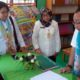 Kepala SDN Simoangin- Angin. Hj. Wahyu Irnaningsih dan Kepala Puskesmas, dr. B. Irawati mendampingi tim penilai. (par)
